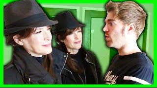 Video GHOST HUNTING IN MY HOUSE with THE PSYCHIC TWINS MP3, 3GP, MP4, WEBM, AVI, FLV Maret 2019