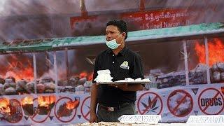 Mais de cinco milhões de tabletes de anfetaminas, heroína e marijuana foram destruídas, este domingo, em Myanmar, na antiga...