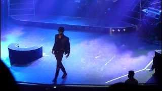 Video Jason Derulo - Billie Jean (Micheal Jackson cover) Live at Manchester Apollo MP3, 3GP, MP4, WEBM, AVI, FLV Juni 2018