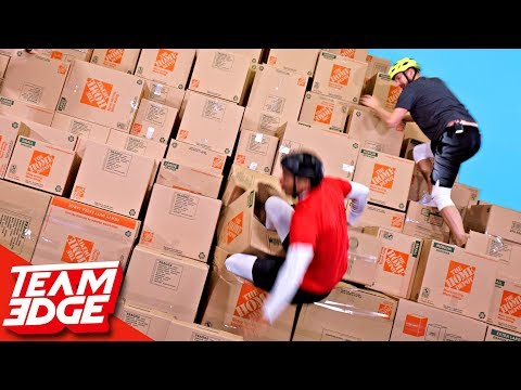 GIANT Box Pyramid Climb!! (видео)