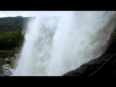 من أجمل شلالات العالم Steinsdalsfossen waterfall HD