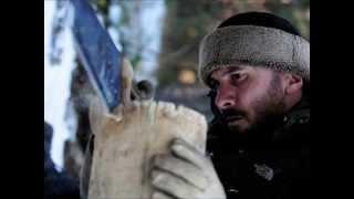 Video'da yer alan Serdar Kılıç'ın Doğadaki İnsan programında giydiği deri şapkayı nereden bulur satın alırım diyorsanız bu bağlantıdan ulaşabilirsiniz. http://goo.gl/cU3kac -  http://goo.gl/UxEEXf