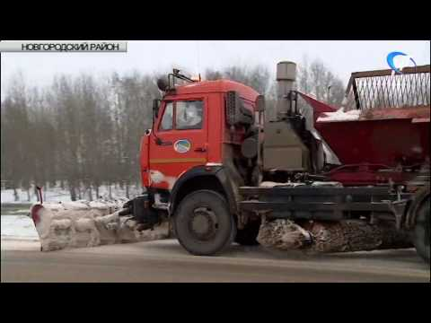 Дорожные службы оперативно среагировали на снегопад в районах области