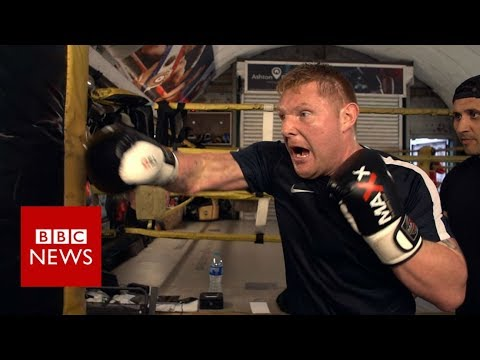 The former soldier who's now a blind boxer - BBC News