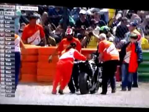 rossi vs marquez: ultimo giro da paura!