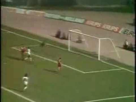 Liverpool 3–1 Borussia Mönchengladbach  McDermott 28'    Simonsen 52' Smith 64' Neal 82' (pen.)