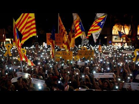 Spanien: Tausende demonstrieren für Unabhängigkeit Kata ...