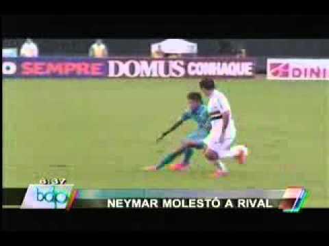 Neymar recibe una dura agresión contra el Sao Paulo