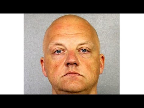 Κατηγορούμενος για εξαπάτηση του αμερικανικού δημοσίου πρώην στέλεχος της Volkswagen
