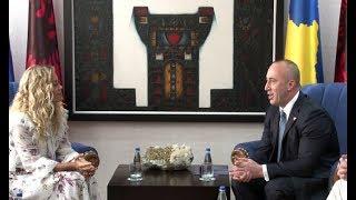 Rita Ora takon kryeministrin Haradinaj (Drejtpërdrejt)