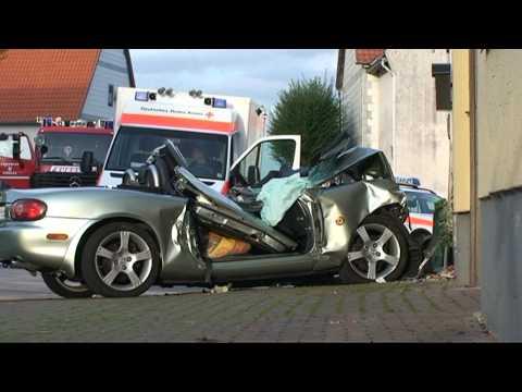 Mühlhausen: Zehnjähriges Kind von Cabrio erfasst