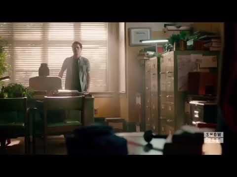 Legacies 2x04 Hope Tells Landon They Were In Love, Landon Possessed