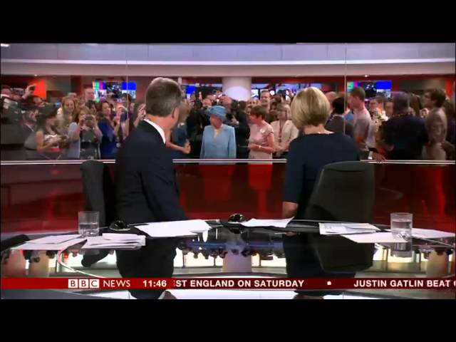 Queen Photobombs Bbc News | Mp3DownloadOnline.com