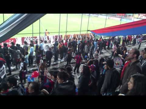 Yo te sigo a todas partes a donde vas! - Mafia Azul Grana - Deportivo Quito