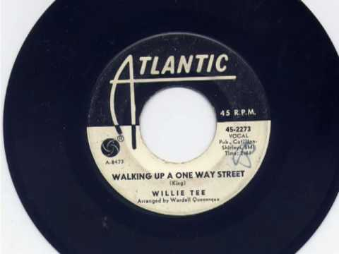 Willie Tee-Walking Up A One Way Street.wmv