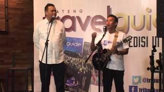 Video Cak Lontong dan Tatok Menyanyi Lagu-lagu Nusantara Versi Pelawak (VIDEO) MP3, 3GP, MP4, WEBM, AVI, FLV November 2018