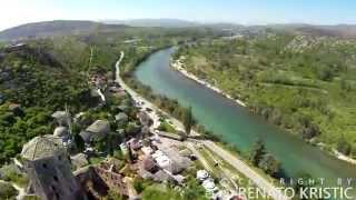 فيديو بوتشتيل من السماء، مدينة الحجر