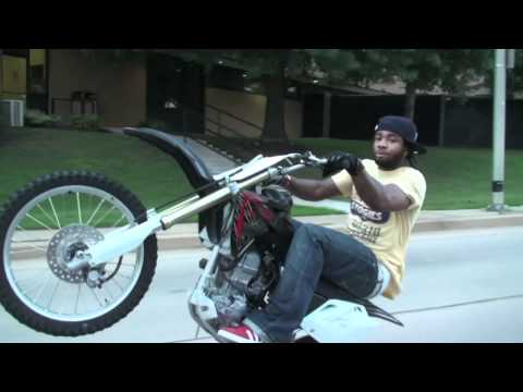 wheelie - Chylie Wildn' Out for Relly Rell memorial ride!