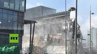 Se desploma una parte del centro comercial Artz Pedregal en la Ciudad de México