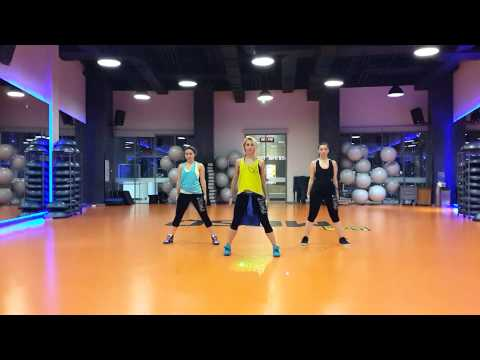 Zumba warm up – Selfie by  The chainsmokers