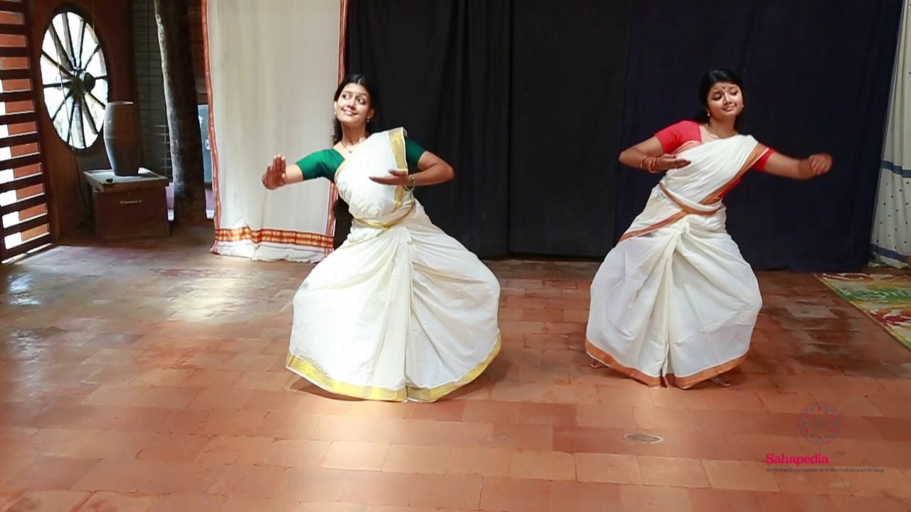 Mohiniyattam: A Presentation