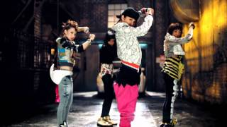 Download Video 2NE1 - FIRE (Street Ver.) M/V MP3 3GP MP4