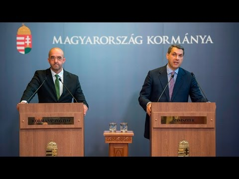 A Miniszterelnökséget vezető miniszter a 49. Kormányinfón