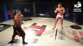 Zé Colméia (BH Fight TeamX GymHe-Man Team) venceu Fabrício Nascimento (Rafa JJ MMA) no primeiro round por finalização...