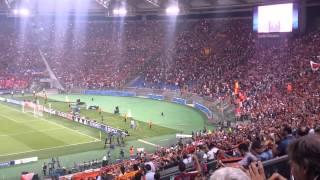 Download Video Roma-Barça, 'Roma Roma' MP3 3GP MP4