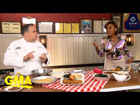 Learn to make the best gravy and chicken fried steak for Thanksgiving l GMA