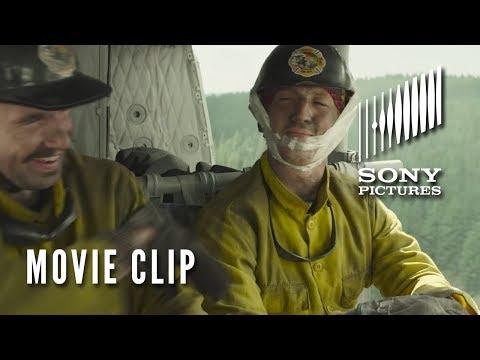 Héroes en el infierno - Movie Clip-Chinstrap?>