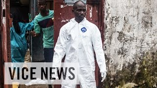 Subscribe to VICE News here: http://bit.ly/Subscribe-to-VICE-News The current Ebola outbreak in West Africa began in Guinea in...
