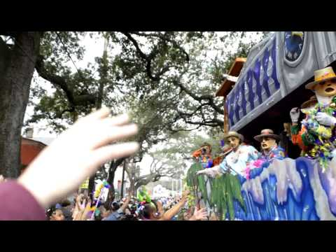 mardi gras parade - I created this video with the YouTube Video Editor (http://www.youtube.com/editor)