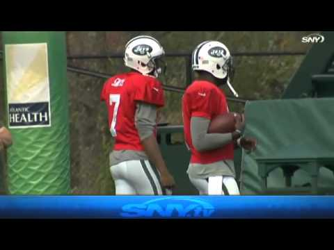 Video: Michael Vick takes over as New York Jets QB