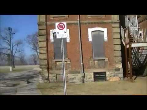 Exploring the Abandoned Insane Asylum (Century Manor Explored)