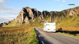 Vi tar husbilen till Norge och häpnas av den storslagna naturen. Följ med till ögrupperna som bjuder på svårslagna...