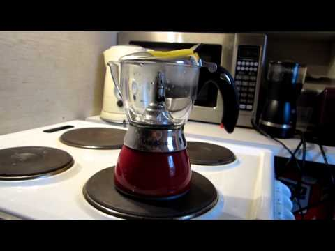 Bialetti Moka Chrystal Coffee maker presentation