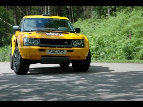 SUV - Bowler makes the finest customer-spec rally raid machines - its EXR is a stunning competition machine. But now they're making a street version. With 550hp.