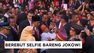 Video Momen Saat Artis & Emak-Emak Berebut Selfie dengan Jokowi ; HUT RI ke-73 MP3, 3GP, MP4, WEBM, AVI, FLV September 2018
