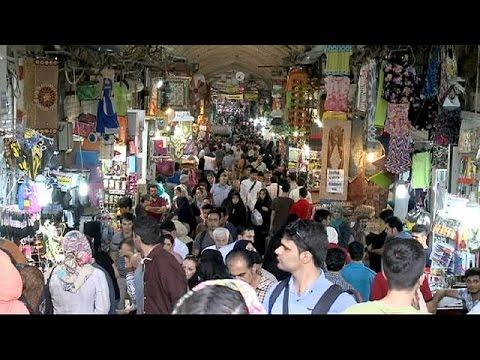 Ιράν: Άρση των δυτικών κυρώσεων προσδοκούν οι πολίτες