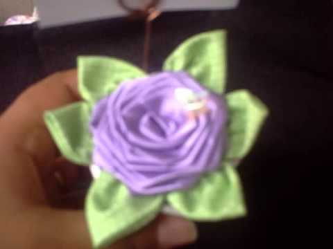 flores em cetim