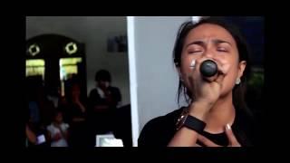 Mengharukan Video Mitha Talahatu dan Marthin Maspatella