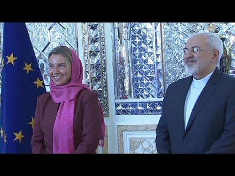 Στην Τεχεράνη η επικεφαλής της ευρωπαϊκής διπλωματίας, Φ. Μογκερίνι