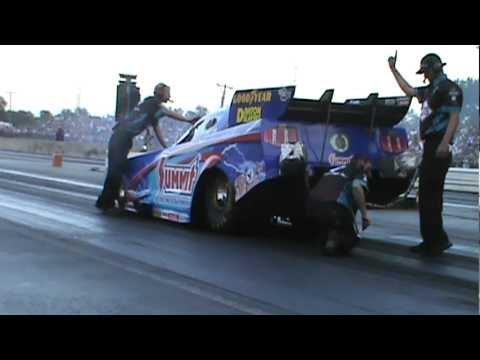 Summit Top Fuel Funny Car Ripping Up The Track At The 2011 World Series Of Drag Racing!!!