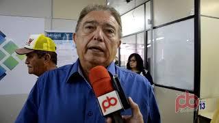 Deputado Renato Gadelha fica revoltado ao ver nome de sua Mãe retirado da placa da Policlínica em Sousa