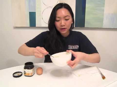 DIY egg white & honey mask