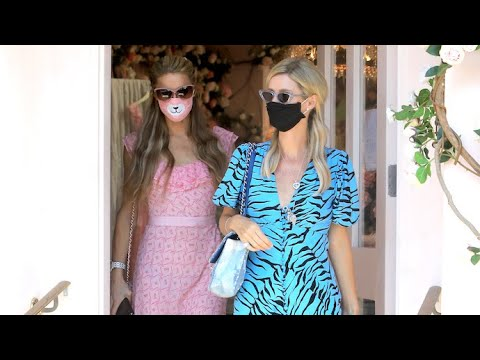 Paris Hilton Can't Resist A Shopping Spree As She Hits Melrose With Sister Nicky