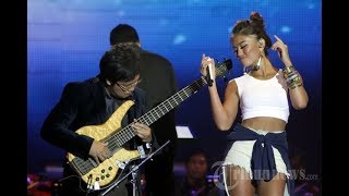Video The Best Performance Agnez Mo feat. Erwin Gutawa MP3, 3GP, MP4, WEBM, AVI, FLV November 2018