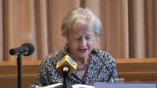 Wislawa Szymborska w Rzymie - Urodziny      - YouTube