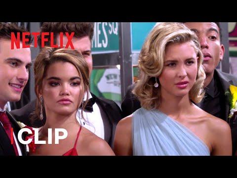 Worst Prom Ever 🥺 Alexa & Katie | Netflix Futures